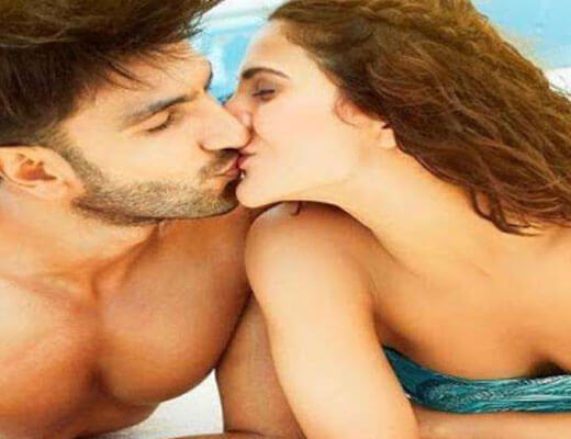 Labon Ka Karobaar Lyrics - Befikre